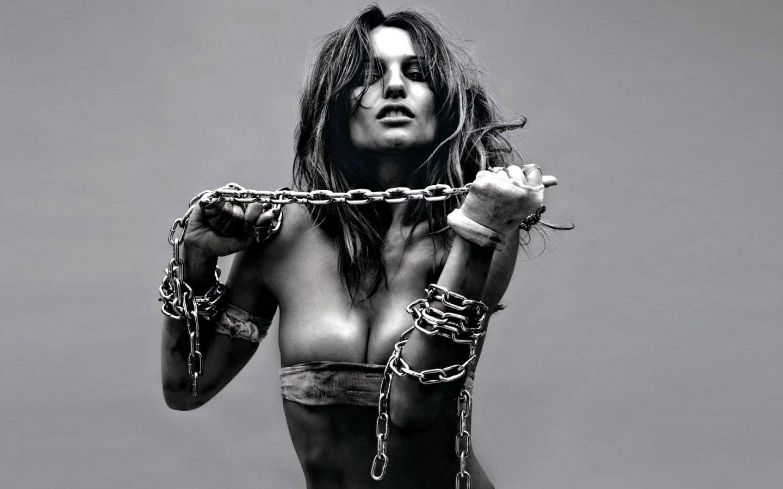 Смотреть бесплатно порно наказание рабыни 25 фотография