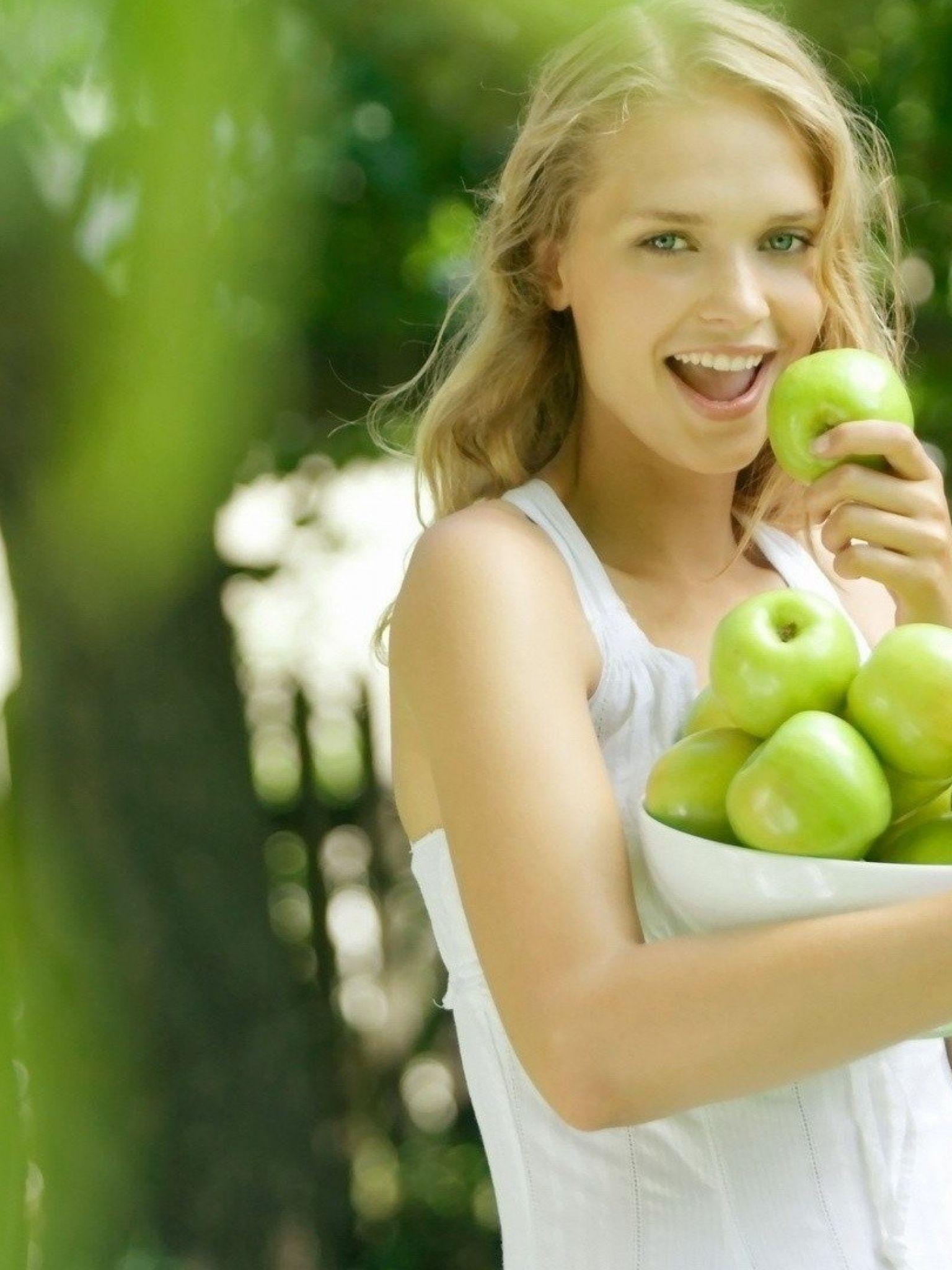 Сонник срывать зеленые яблоки к беременности